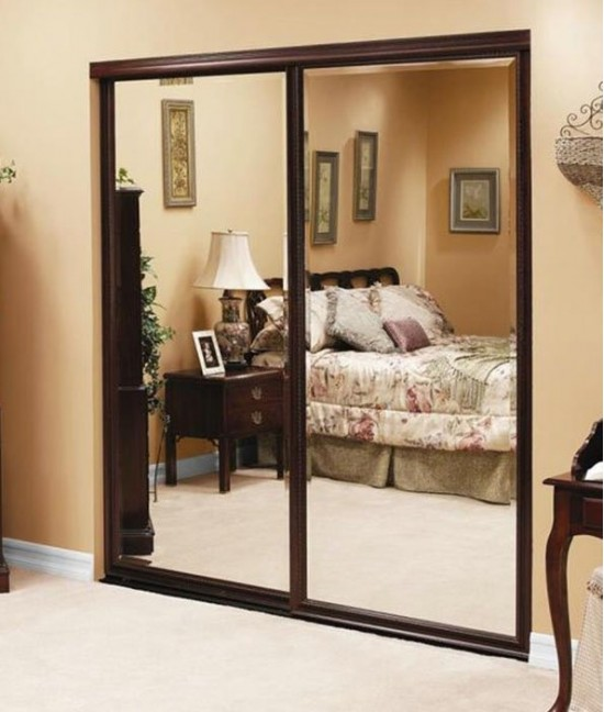 Зеркальные раздвижные двери межкомнатные