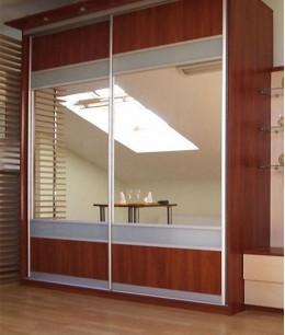 Комбинированные двери-купе с зеркалом