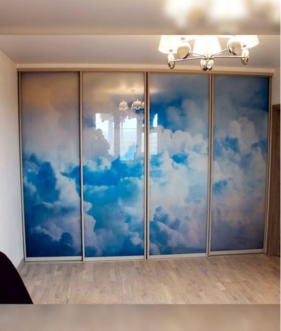Двери с фотопечатью для встроенного шкафа