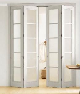 Белую складную межкомнатную дверь книжка