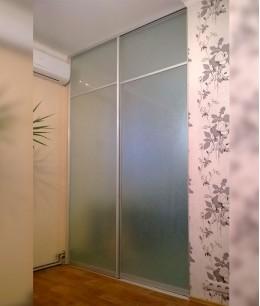 Нижнеопорные стеклянные двери