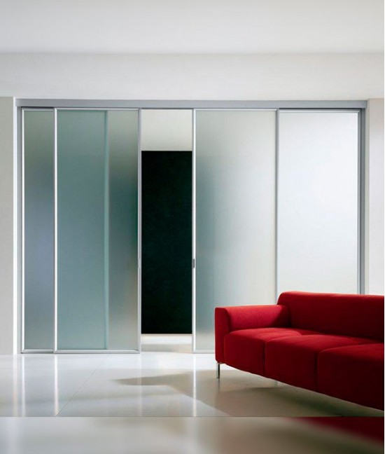 Подвесные стеклянные двери