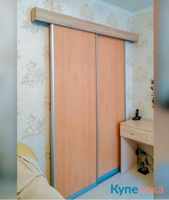 Раздвижные двери в спальню из ЛДСП