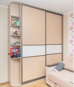 Шкаф купе в детскую для девочки