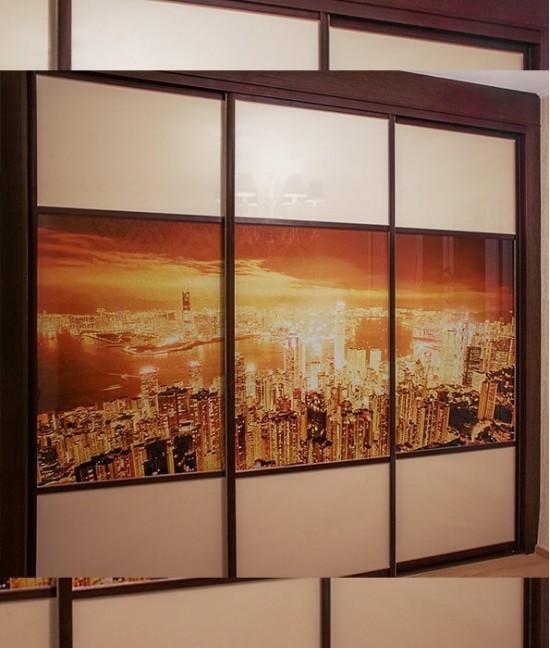Шкаф купе 3 двери с фотопечатью на стекле